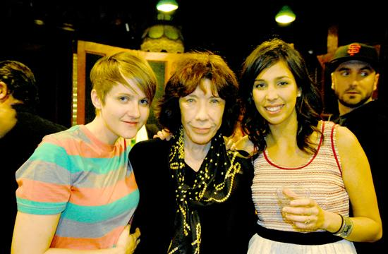 Comedy-music team Doni (left) and Carlie (right) with Lily Tomlin.