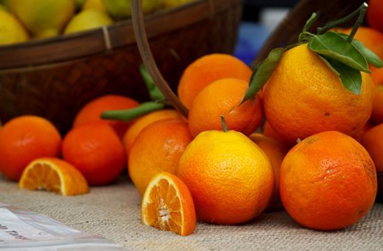 Oranges at the Santa Monica Farmers' Market