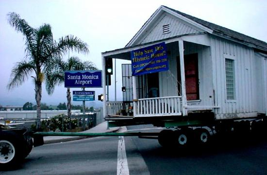 The Shotgun House in 2002 arriving for storage at the Santa Monica Airport.