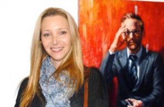 Lisa Kudrow.