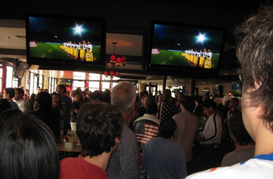 SOUTH on Wilshire Boulevard in Santa Monica has become L.A.'s first 3D Sports Bar.