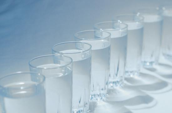 A great way to detoxify is to drink water.
