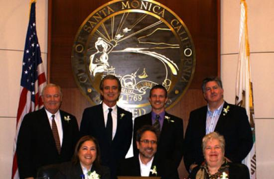 City Council members formally approved on Tuesday the $530.5 million budget it initially set during deliberations in May 2011. Front row