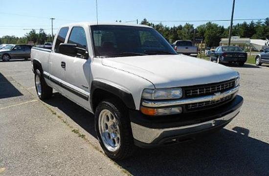 Santa Monica police are asking for the public's help in locating the driver of a 1999 Chevrolet Silverado 1500 Extra cab truck