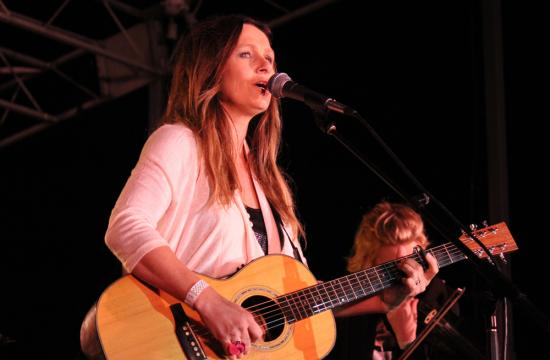Australian singer/songwriter Kasey Chambers headlined the fifth night of the Twilight Concert Series on Thursday