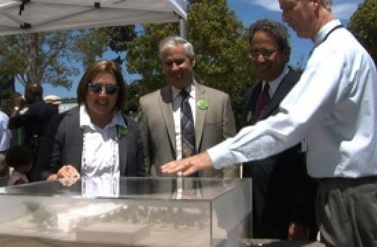 Mayor Pro Tem Gleam Davis (from left)