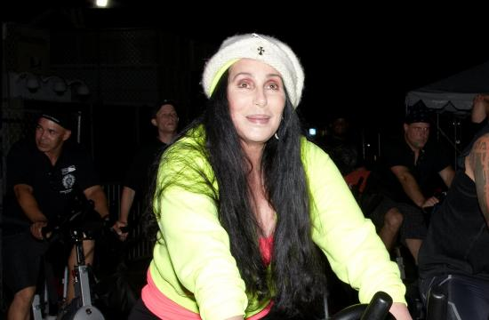 Cher showed up to the Santa Monica Pier to participate in The Heroes Project fundraiser on Tuesday night.