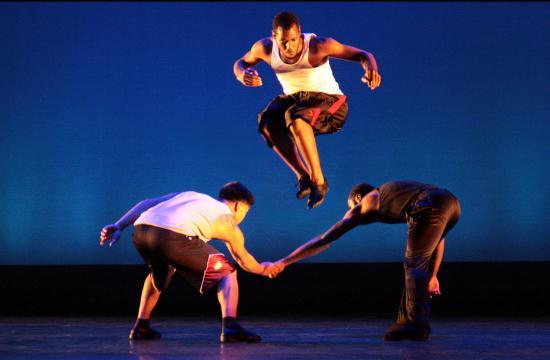 Synapse Dance Theater's Zweli Barton