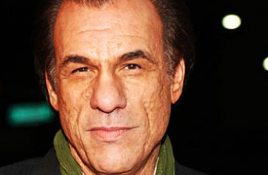 Robert Davi plans to protest of the Nativity display banning tonight