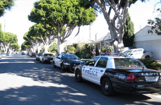 (APB) Santa Monica police established a surveillance position on Friday