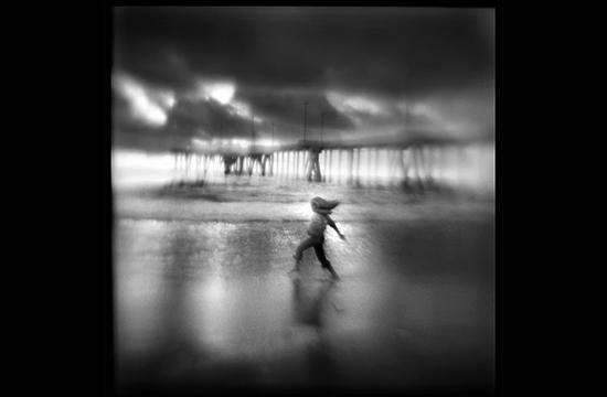 Photographer Susan Burnstine blurs her images