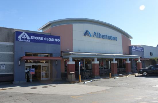 Albertson's on Wilshire Boulevard in Santa Monica will close on Feb. 6