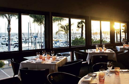 Enjoy Mediterranean-inspired cuisine in the sophisticated yet laid back atmosphere of Café del Rey's marina setting.