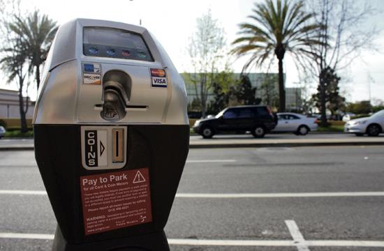 Santa Monica's credit card-friendly parking meters are costly to operate. A five-year contract