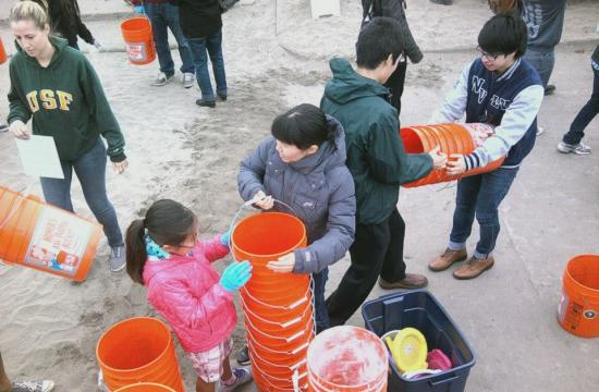 Volunteers will pitch in for a better coastline with beach cleanup events all across California today.