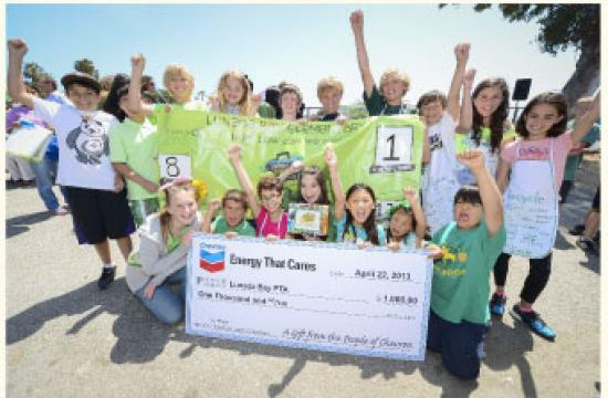 Santa Monica schools are competing in the LA County Trash-Free Lunch Challenge.