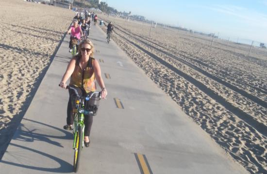 Rent a bike at one of Perry's on the Beach's four Santa Monica locations and exploring beautiful Santa Monica on two wheels.