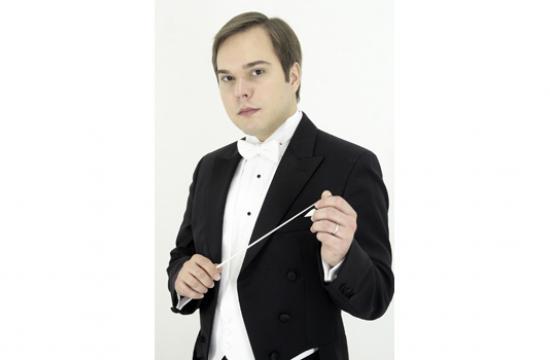 New West Symphony Music Director Marcelo Lehninger.
