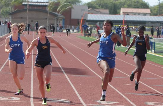 Culver City's Kyndahl Carter makes it across the finish line.