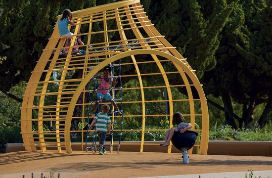 Tongva Park will host free family events this Saturday from 10 am to noon at the children's play area and Wednesday from 7-9 pm.
