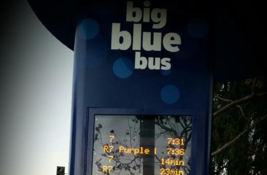 Big Blue Bus' new real-time signs at Santa Monica College high-volume bus stops is now operating at Pico at 18th Street.