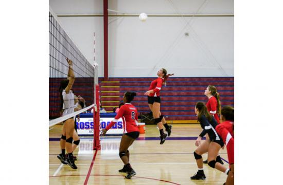 Crossroads student Olympia Nagel-Caland goes in for the kill.