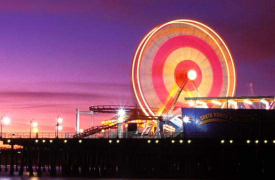Don't miss the special Pacific Park Ferris wheel light show this Thanksgiving weekend.