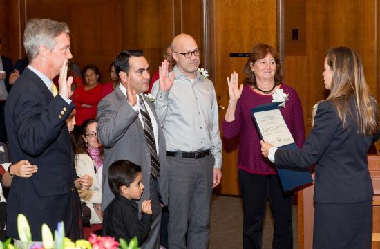 Santa Monica City Clerk Sarah Gorman swears in Craig Foster