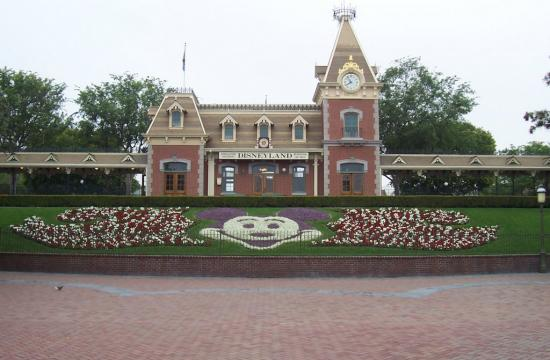 Disneyland is offering special tickets to Southern California residents.