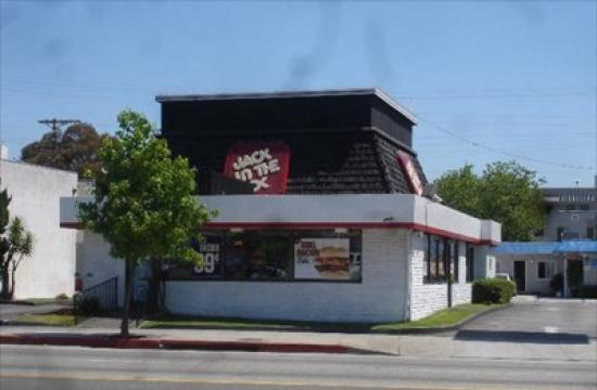 Jack in the Box is located at the corner of Lincoln Blvd. and Santa Monica Blvd.