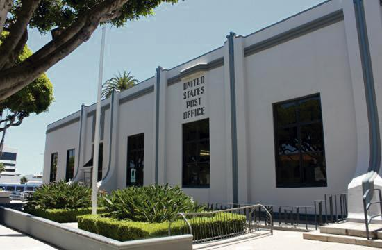 The former Santa Monica post office at the corner of 5th and Arizona.