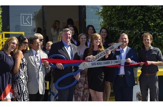 Santa Monica Chamber of Commerce held a ribbon cutting at Laura Korman Gallery with Mayor Kevin McKeown on June 25. Pictured from left: Brittney Seeliger