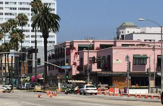 The L.A. County Sheriff's Department bomb squad on scene along Ocean Ave. in Santa Monica on Thursday morning.