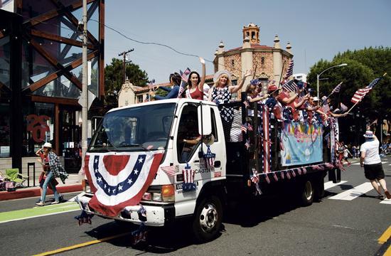 Chamber members at last year's parade.