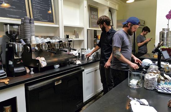 Caffe Luxxe Turns 10