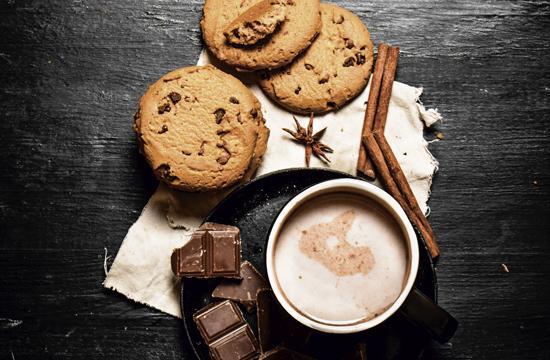 Hot Chocolate and Tea Lovers – Unite!